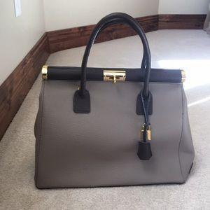 Handbags - Brown structured handbag